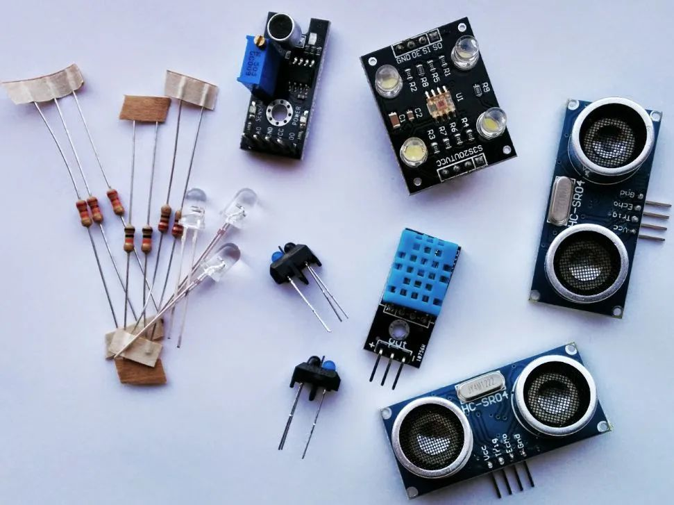 Four types of proximity sensors